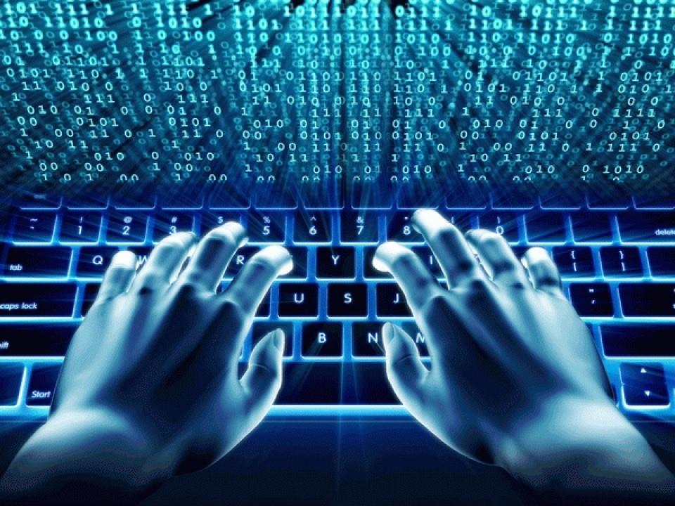 Khi nào doanh nghiệp phải chuyển server về Việt Nam theo luật an ninh mạng? - Ảnh 2.