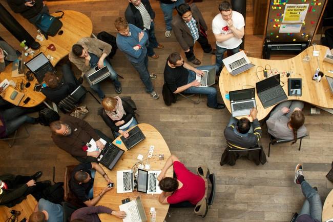 Hackathon là gì? Hackathon có ảnh hưởng gì tới thế giới công nghệ? - Ảnh 1.