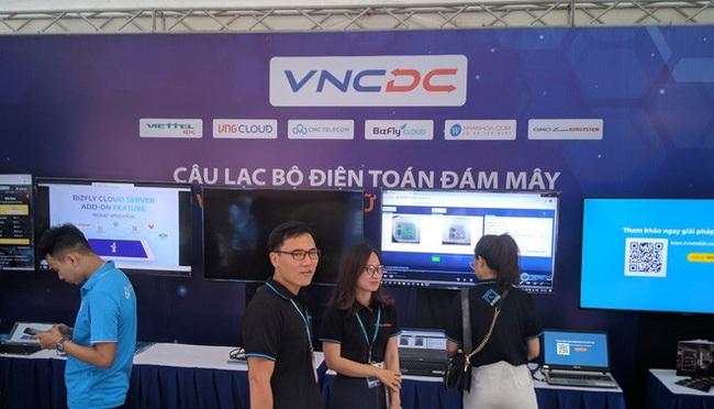 Triển lãm các nền tảng số của Việt Nam: thiết bị 5G của Viettel, Vsmart, Bizfly Cloud cùng nhiều giải pháp số mùa dịch  - Ảnh 3.